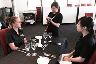 神田外語学院のホスピタリティ研修がオーストラリアで行われています