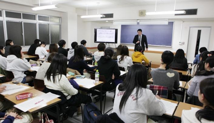 東京外国語大学編入学説明会が行われました