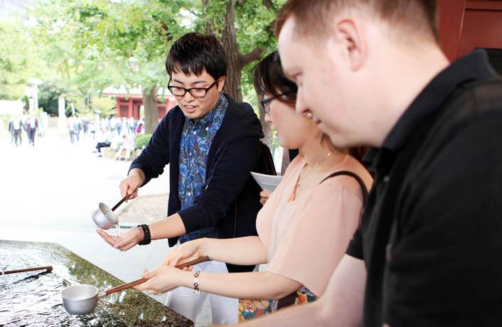 国際観光科の授業で浅草通訳ガイド実習が行われました