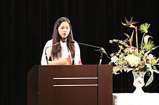 ベトナム語スピーチコンテストで1位を獲得