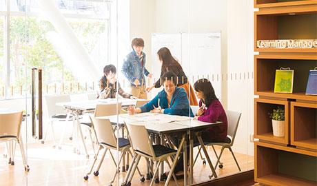 神田外語学院 施設案内