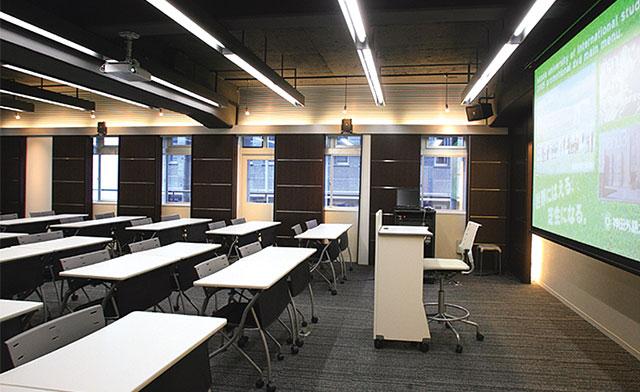 グローバルコミュニケーション科教室