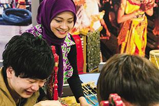 アジア/ヨーロッパ言語科