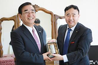 青島濱海学院と連携教育プログラムの提携を結びました
