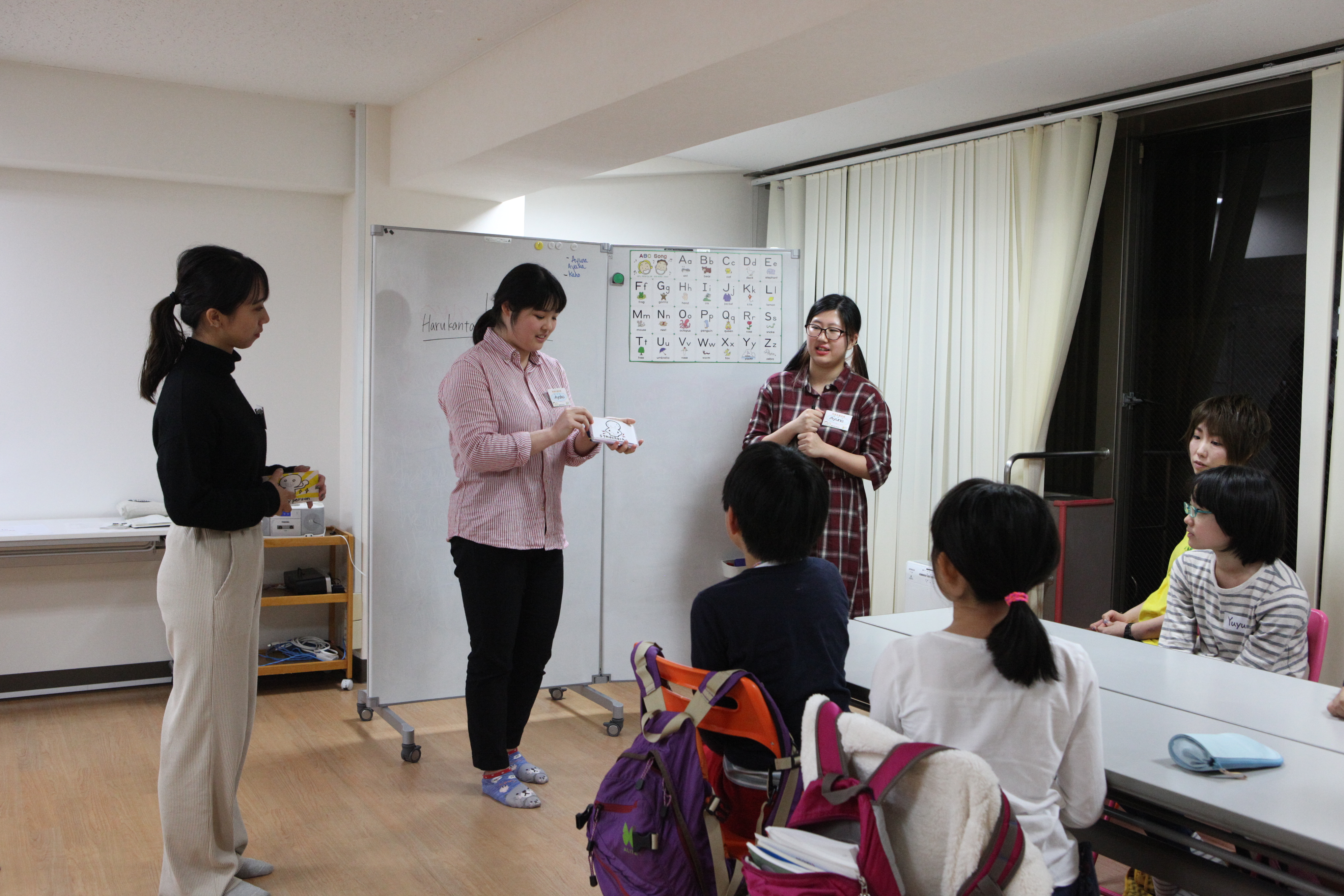 【実習】神田外語キッズクラブで教育実習を行いました