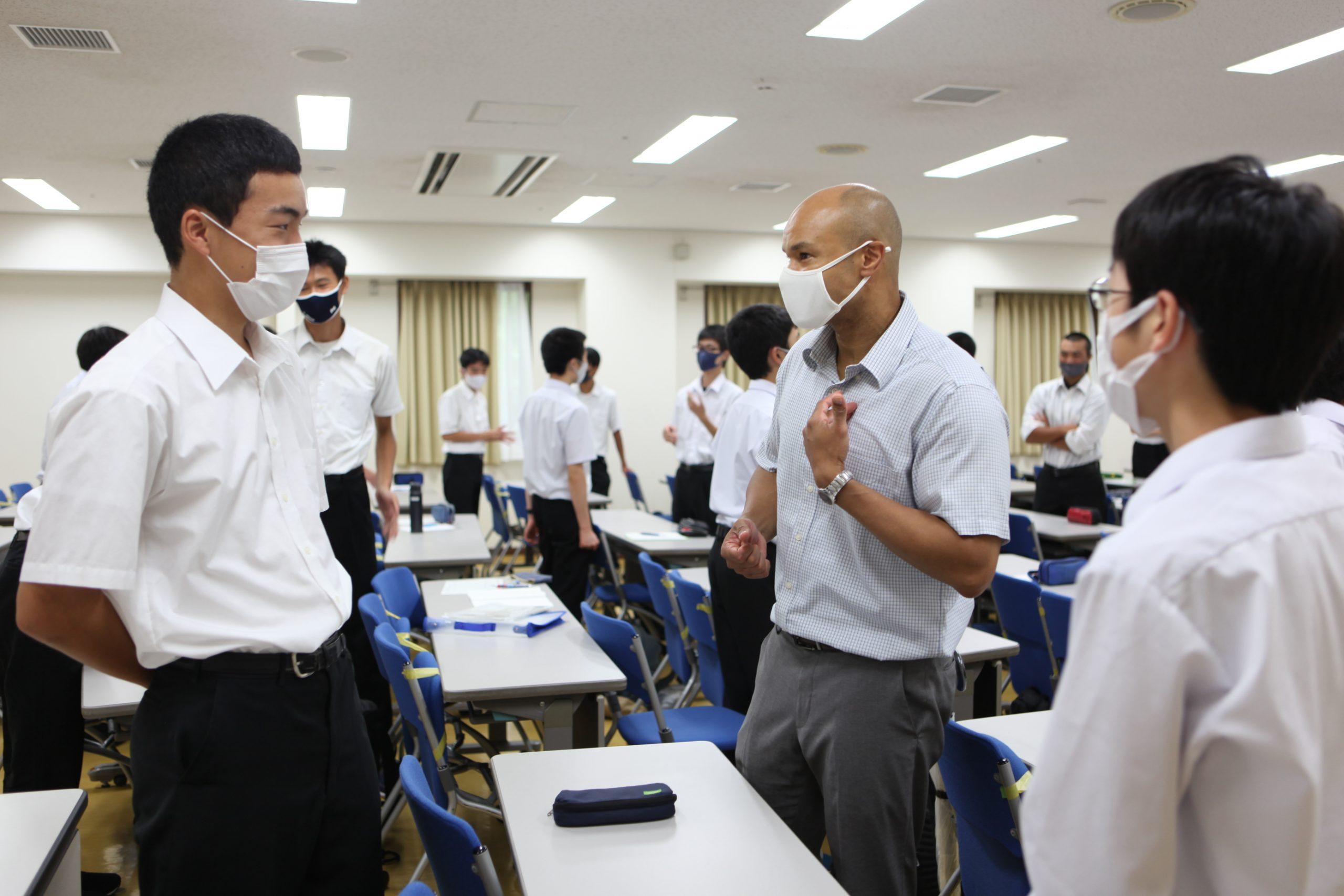 埼玉県立松山高等学校で英語プレゼンテーションの出張講義を実施しました