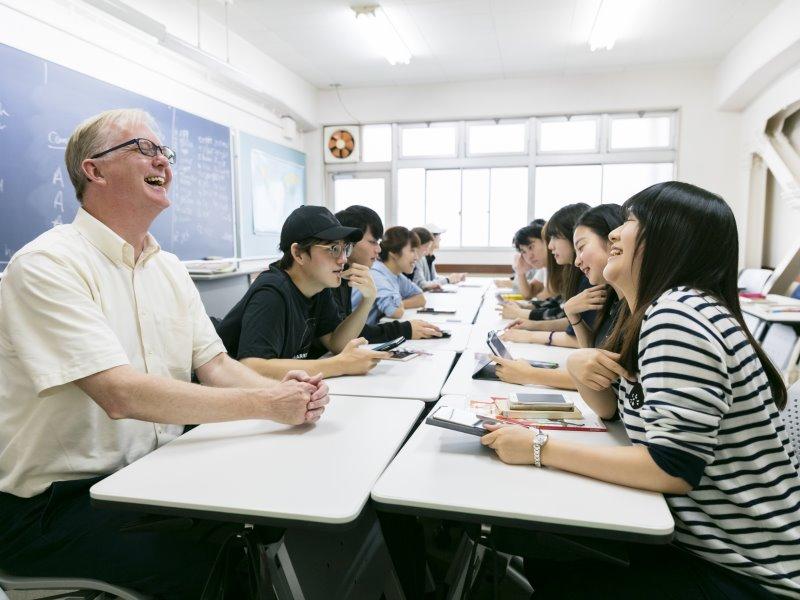 英語 専門学校