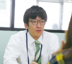 神田外語 柿坂学