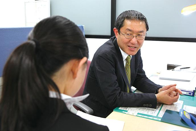 神田外語学院 キャリア教育センターの様子